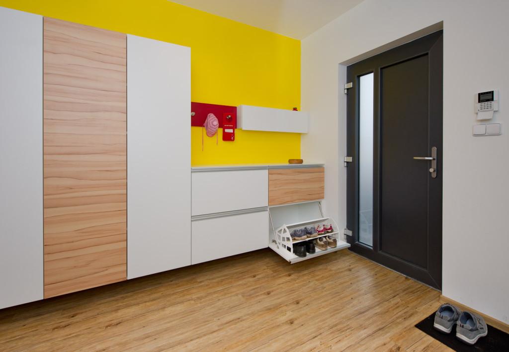 Návrh interiéru Ing. Iva Bastlová Dis., www.loxo.cz, Foto Barakuda Press pro časopis Náš útulný byt / Thermofix Buk rustikal 10109-1